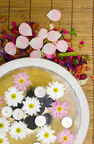 Daisies and spa candles